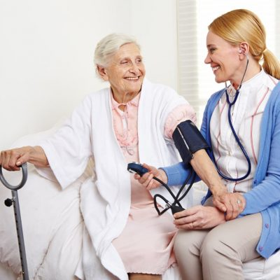 bien-vieillir_soins-2-min